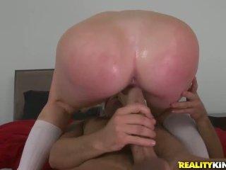 Giovane studente alexis ford sedurre suo allenatore