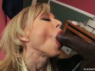 Διαφυλετικό πρωκτικό με μητέρα που θα ήθελα να γαμήσω nina hartley