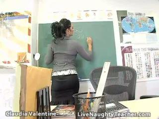 Chaud brunette prof en mini jupe et noir lingerie