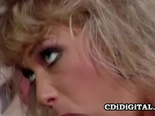 Kristina karalis a retro double penetration sekss