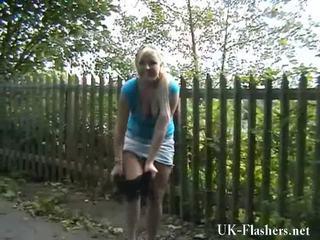 Rubia nymphs exhibitionism y motorway self stimulation de flashing lena onto un público nudity rampage ronda england