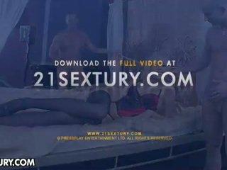 How Does Kinky Teena Like Her Cock? Sh...