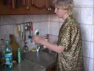 Broche em cozinha