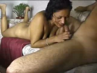 Indieši amatieri gal cocksucking shaft