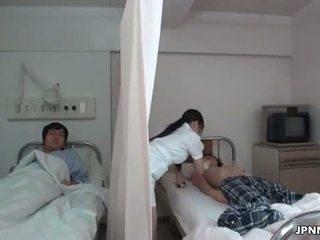 Jaapani meditsiiniõde gets üleannetu koos a kiimas part6