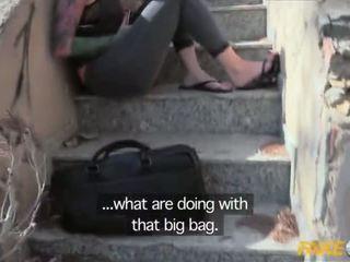 Fake 警察 抓 同 一 大 假陽具 和 性交 由 一 copper