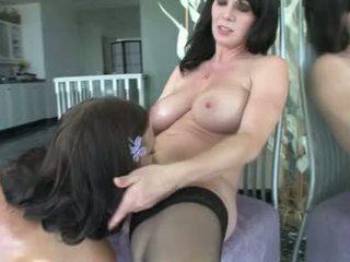 Ivy winters a rayveness nadržané lezbické babes dostať vibrátor sex