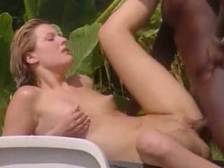 Blanca esposa meets negra lover en jamaica