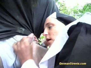 Nakal jerman biarawati loves kontol