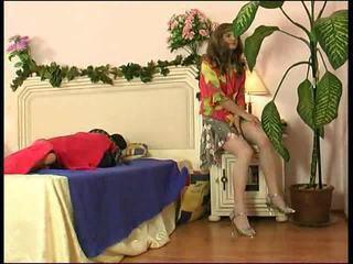 Sexy crossdresser gets anal ramming