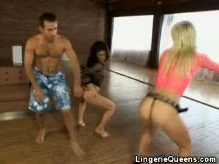 Aerobics и lingeries