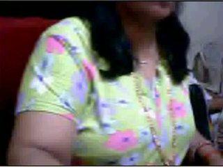 Bihari aunty boob presa