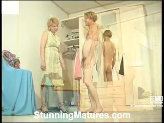Christina y tobias fetichista mamá dentro acción
