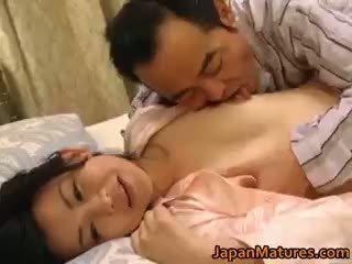Geil japans rijpere babes zuigen part3