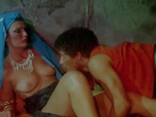 Sadie - 1980 restored, volný ročník porno video 64