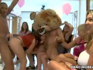Cfnm birthday party mit male strippers auf tanzen bär (db9747)