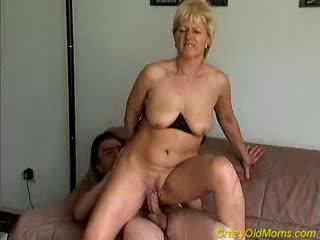 Nebuna vechi mama gets inpulit greu
