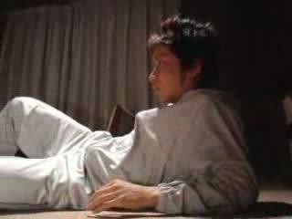 Japoniškas berniukas fucks jo žingsnis motina video