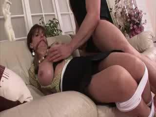 Дама sonia вързани и в чорапогащи