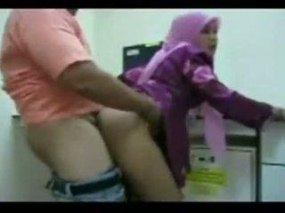 Hijab apaan keras amatir