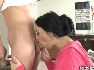 นมโต ที่รัก loves ใช้ปากกับอวัยวะเพศ