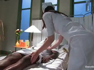 Two dissolute nurses ha impaled røff av cocoa lad