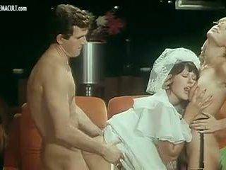 Brigitte Lahaie and France Lomay - La Rabatteuse: Porn c3
