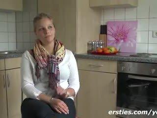 masturbate, solo, german