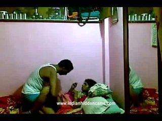 Ινδικό rajhastani pair σε traditional ινδικό outfits having πορνό γίγαντας