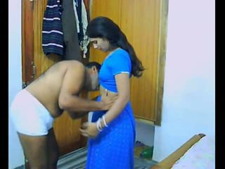 Indian Pair Onto Their Honeymoon Chewing And Bonking