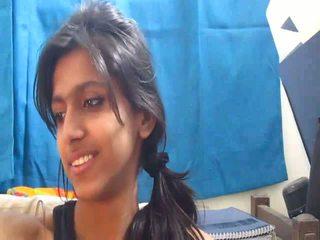 Non-nude 最热 印度人 学校 女孩 上 摄像头 - desibate*