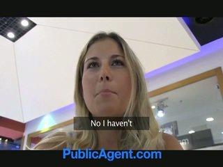 Ein sex agent ist glücklich bis fick ein blond mieze im auto
