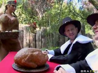 乱交パーティー とともに alanah rae breanne benson と phoenix marie ビデオ