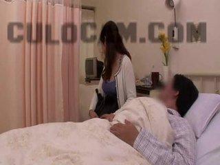 Krankenhaus rolle spielen exhibitionist blowjob groß asiatisch brüste