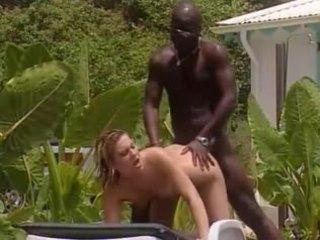 Alb nevasta fucks cu frances negru în jamaica