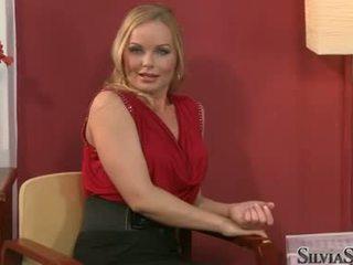 Carmen croft takes dela raiment fora em thowdys entrevista