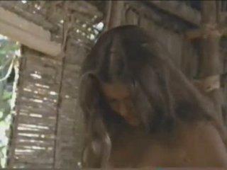 Milla jovovich - ไม่มีเสื้อ @ กลับ ไปยัง the blue lag