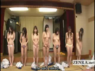 Subtitled grup i japoneze milfs stripping për racing lojë