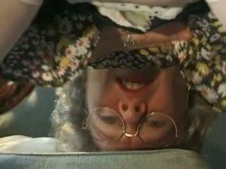 Warga german nenek needs yang setiap hari dose daripada air mani