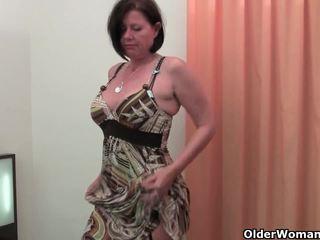 Καλά rounded μητέρα που θα ήθελα να γαμήσω είναι toying αυτήν ώριμος/η και μαλλιαρό μουνί