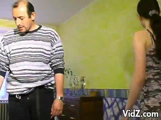 Seksual brunet ýaşlar wants to be fucked.