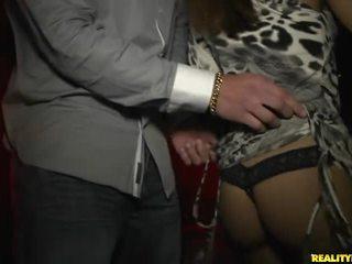 hardcore sex, groepsseks, pijpbeurt