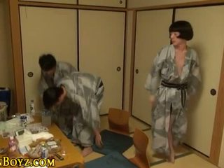 User_Uploaded_japan_b-yz__8_.mp4