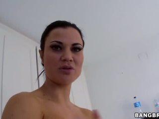 Zuhany forró szexi gigantic cicik jasmin jae