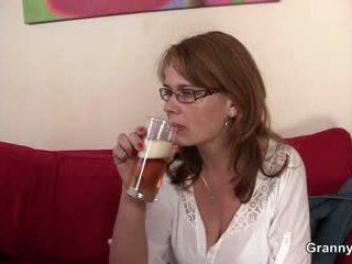 Drunken mommy gets her künti sikilen