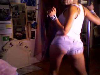 Aisha putea dance