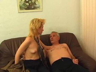 Blondynka gets włochate cipka pounded