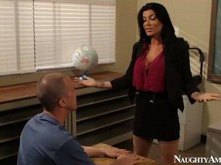 Velký titted instructor romi déšť having zkurvenej onto erotický america