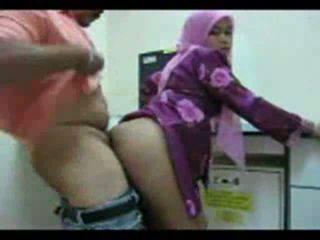 Playful arab kuřátko shows pryč ji prdel pro pohlaví video