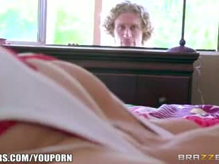 Brazzers - friends lil sister είναι όλα grown επάνω